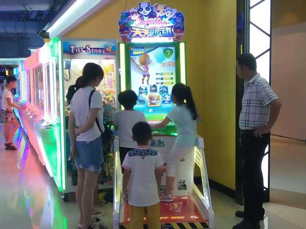 游戏厅设备投资多少钱